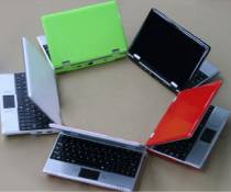 New 4 Go 7 inch Black Mini Laptop Netbook Android 2.2. Latest Software. Latest Build., [Import UK]